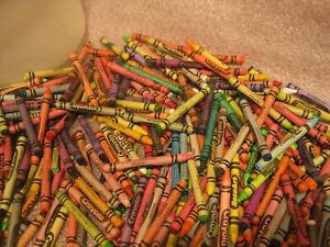 Lot of used CRAYONS 4Lbs Great For Crafts