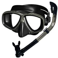 Équipements de plongée tubas noirs