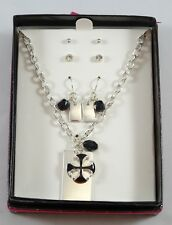 """Eyecatching New 18"""" Silver / Black Pendant Necklace & 3 Pair Earrings Gift Set"""