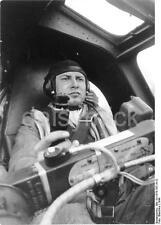 German Luftwaffe Heinkel He 177 Pilot 1944 World War 2 Reprint Photo 6x4 Inch