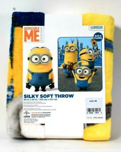 """1 Franco Manufacturing Co Despicable Me Minion Made 40"""" X 50"""" Soft Silky Throw"""