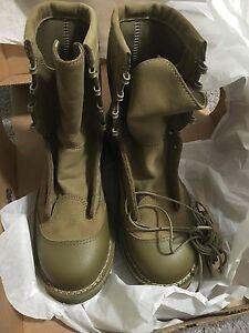 Brand New, Danner,USMC, Desert Rats Steel Toe, Men's Size 7