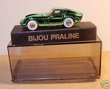 NEUF PIN'S BIJOU PRALINE HO 1/87 FERRARI GTO VERT METAL IN BOX NEUF