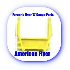 AMERICAN FLYER 'S' GAUGE PARTS - YELLOW PIPE HOLDER FOR GONDOLAS - Reproduction