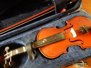 Stentor Half Size Violin Grey case