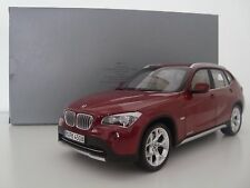 BMW X1 ROT DEALER 1:18