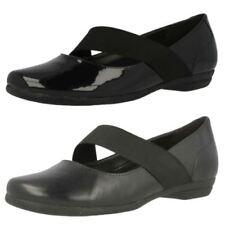 Zapatos planos de mujer Clarks de charol