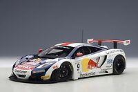 81342 AUTOart 1:18 Mclaren MP4-12C GT3 Red Bull #9 S.Loeb/A.Parente
