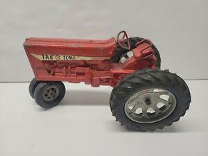 Tru Scale IH 890 Red Farm Tractor 1/16  Diecast W Rubber Tires Original Cond