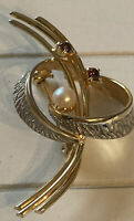 Vintage Costume Jewellery Amethyst Glass Faux Pearl Twist Gold Tone Brooch