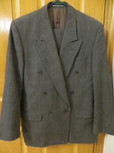 Pure Wool Grey Double Breasted Suit - Sz 38 Short - Made in England - Excellent