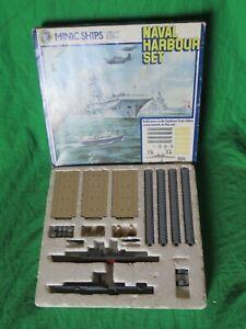 Minic Ships M906 Naval Harbour Set HMS Vanguard & Bulwark 1/1200 scale diecast