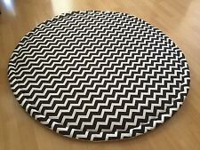 LIGHTLY QUILTED BLACK & WHITE BABY ROUND  PLAY MAT ROUNDIES NURSERY RUG BLANKET