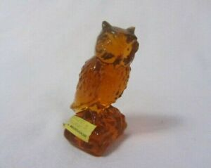BOYD ART GLASS  OWL # 44 GOLDEN DELIGHT SOLID GLASS B IN DIAMOND URANIUM