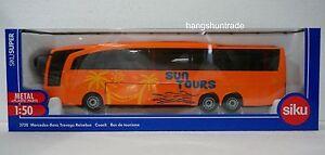 Siku 3738 1:50 Mercedes-Benz Travego Coach Vehicle Model