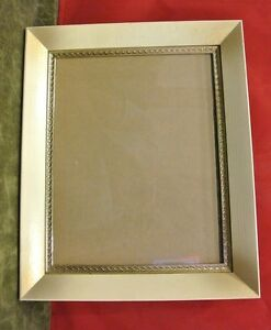 Vintage Picture/Photo Frame Wood with Gold Metal