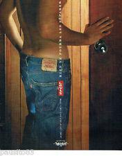 PUBLICITE ADVERTISING 096  2005   Levi's  jean  anti-form