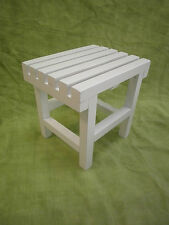 TABURETE de madera, blanco, 32 cms. de altura. Modelo Holzhocker