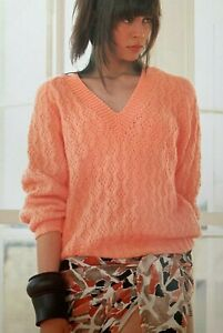 "Ladies V Neck Jumper  Size: 32""-40""  Knitting Pattern  L89"