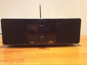 Roberts Sound MP53 DAB/FM Digital Tuner with CD Player & USB/SD Digital in + RC