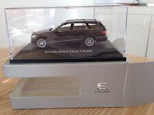 Mercedes E break W212 Schuco 1/43 Neuve