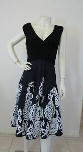 ADRIANNA PAPELL DRESS Black White Fit flare Occasion Size 16 14