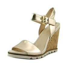 Sandalias y chanclas de mujer de color principal oro de piel talla 41