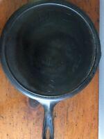Antique ERIE CAST IRON SKILLET # 704G Pre-Griswold