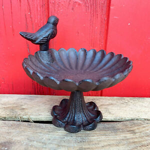Cast Iron Round Flower Petal Robin Garden Bird Bath Water Feeder Ornate Stand A