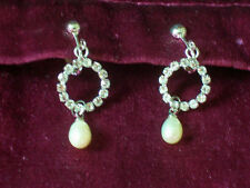 Attractive diamante/imitation pearl clip-on earrings