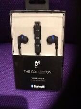 GOJI COLLECTION GTCINBT16 Wireless Bluetooth Headphones  Black & Blue