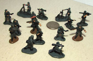 Lot of 15 Very Small Micro Machine Plastic Figures Soldiers in Dark Gray Lot A