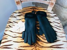 NEW UGG AUSTRALIA BLACK GEUNINE SHEEPSKIN GLOVES SIZE SMALL  R.R.P. £125.00