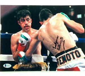 WBC Champion LEO SANTA CRUZ Autograph Signed 8x10 8.5x11 Photo ~ BAS Beckett COA