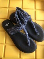 SANUK Yoga Sling Size 8 Women Sandals