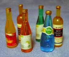 Mélange de six bouteilles de vin, doll house miniatures 1.12 échelle