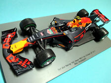 1/18 red bull racing Tag Heuer rb13 #33 Max verstappen gp china'17 Spark 18s305