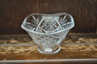 A Beautiful Vintage Crystal Cut Glass Pedestal Style Fruit Bowl/Candy Dish