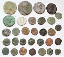 Lot de 31 monnaies romaines à déterminer