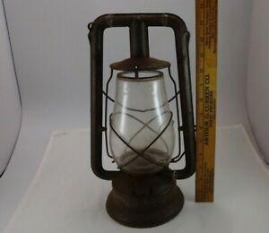 ANTIQUE BARN OIL LAMP DIETZ MONARCH LANTERN KEROSENE LAMP OLD FITZALL GLOBE