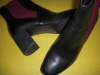 LOGO Lori Goldstein Brid Leather & Stretch Ankle Booties Women's 9 M Black/Red