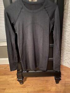 LULULEMON Run: Swiftly Tech Long Sleeve Size 6 Heathered charcoal Thumbholes