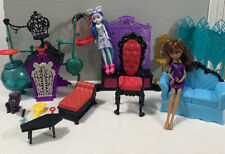Monster High SECRET CREEPERS CRYPT Doll Playset And Other Furniture