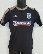 Boys Umbro England Training Short Sleeve Tee Shirt Brand New Size Medium #4393