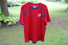 FCB Futbul Club Barcelona Soccer Mens Red Jersey mes que un club Size L GUC