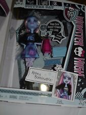 MONSTER HIGH PICTURE DAY ABBEY BOMINABLE DAUGHTER OF THE YETI !!