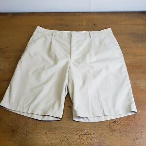 Color Negro y Blanco Par de Pantalones Cortos Deportivos Walter