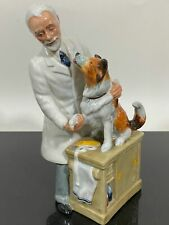 Vtg Royal Doulton Porcelain Figurine Art Statue Thanks Doc 2731