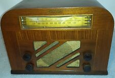 Vintage curved wood Antique Tube Radio PHILCO model 40-130 -all original & plays