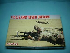 "Dragon,DS1,9901,1:35 U.S. Army ""Desert Uniforms"",neu in Originalverpackung"